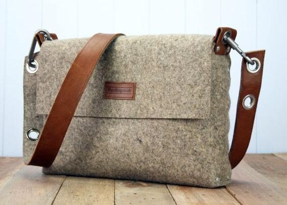 Pánské tašky přes rameno – praktické kamkoli půjdete