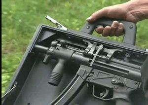 kufry na zbraně